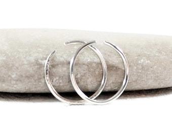 Single Silver Hoop Earring. Mens Hoop Earrings. Thick Hoop Rings. Multiple Piercing. Sleeper Earrings. Minimalist Earrings.Endless Hoop Ring