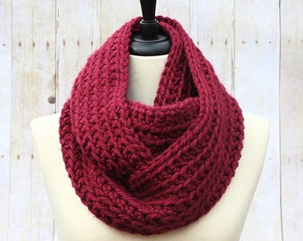 Chunky Infinity Scarf, Maroon Infinity Scarf, Chunky Crochet Scarf, Loop Scarf, Red Scarf, Maroon Scarf,Burgundy Scarf, THE HENSLEY