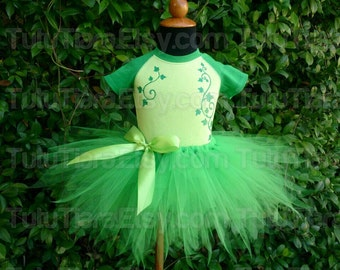 "Poison Ivy Tutu Costume Set, Green Ivy Raglan Bodysuit & Green 11"" Pixie Cut Economy Tutu Skirt for Babies Girls, made to match Harley Quinn"