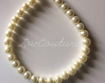 Baby Girl. Toddler. Little Girl chunky beaded pearl necklace