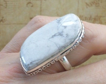 RING 925 sterling silver and HOWLITE (BA81)