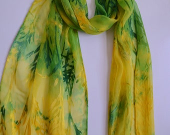 Silk scarf with bamboo designs in green and yellow