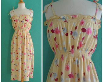 vintage 70's yellow floral sun dress // flower print sun dress