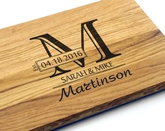 Personalized Wedding Gift, Bridal Shower Gift, Monogram Cutting Board. Wedding Gift for couple, Custom Wedding Gift, Wedding Present