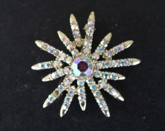 Rhinestone Star Pin - Costume Jewelry