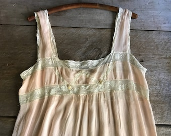 1930s Silk Chiffon Lace Nightgown, Lingerie, Bridal, Honeymoon, Apricot, Peach