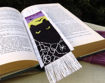 Halloween Cross Stitch Bookmark Pattern, Black Cat Cross Stitch Pattern, Needlepoint Bookmark, Halloween Craft Patterns, Halloween Decor