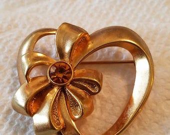 Vintage Avon Heart Pin, Vintage Avon Heart Brooch, Heart pin, Heart brooch, Avon