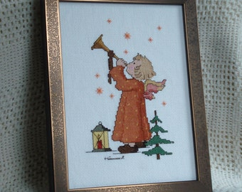 Christmas Hummel in Counted Cross Stitch