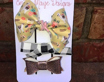 Pattern Faux Leather Bows