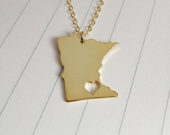 Minnesota State Charm Necklace,MN State Necklace,Gold Minnesota State Necklace,State Shaped Necklace  With A Heart