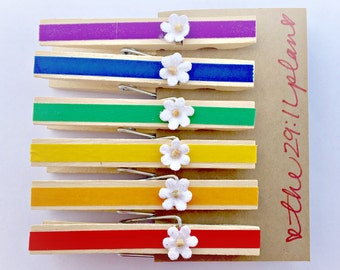 Flower Magnets, Clothespin Magnets, Rainbow Magnets, Wedding Favors, Refrigerator Magnets, Office magnets, Housewarming Gift, Teacher Gift