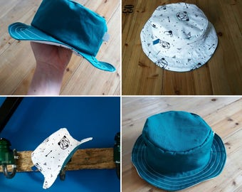 Hat reversible origami bear and blue