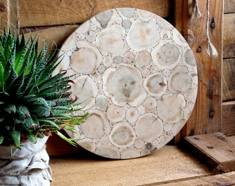 Juniper Wood Round Cutting Board, Natural Handmade Breadboard, Rustic Home Decor, Wooden Kitchen Utensil, Untreated Wood, Rustic Kitchen