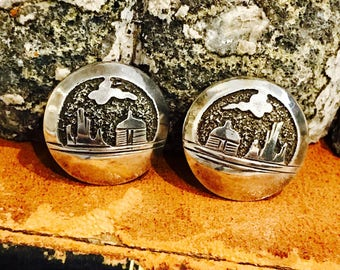 Beautiful Native American Story Teller Sterling Silver Vintage Earrings