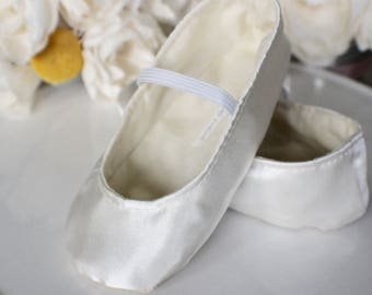 Ivory, White, or Gold Satin Baby Girl Shoes - Ballet Flats - Toddler Girl Shoes - Christening Shoes - Flower Girl Shoes - Princess Shoes