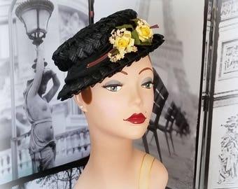 40s Black Straw Boater Hat - Yellow & White Posies - Black Grosgrain Ribbon Band - Black Vintage Hat