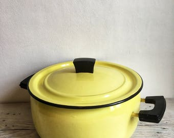 Yellow, enameled pot 1960