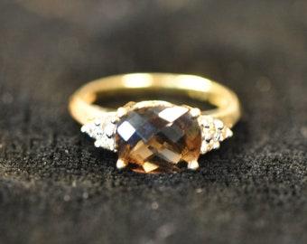 Vintage 14K Gold Ring. Smokey Quartz Stone. Size 6 3/4