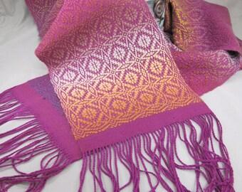 Maltese Cross Overshot Woven Scarf - Weaving Draft (Pattern)