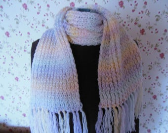 Wool scarf entirely knit hands