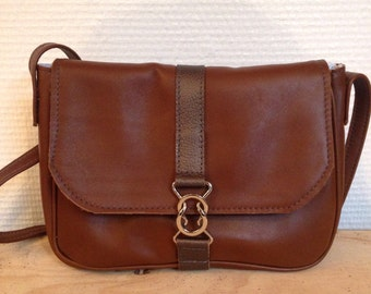 Small cross body leather bag