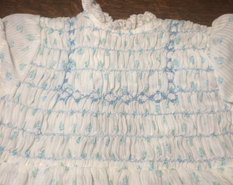 adorable short-sleeved baby dress, white with blue details