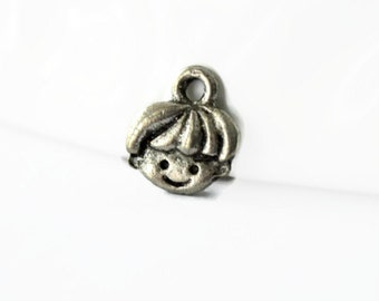 3 Pewter Boy Face Charms. Antique Silver Tone Charms. Pewter Face Charms. Tiny Face Charms. USA Made Charms. 10mm x 9mm.