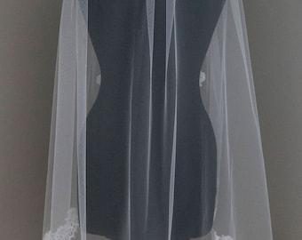 Lace Fingertip Veil, Lace Wedding Veil, Wedding Veil, Alencon Lace Veil Fingertip, Fingertip Veil, Lace Bridal Veil, white fingertip veil