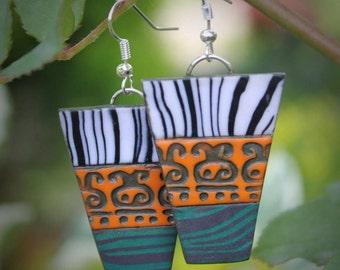Ethnic earrings polymer clay dangle earrings boho jewelry handmade earrings green oranje earrings Casual earrings every day earrings Le land