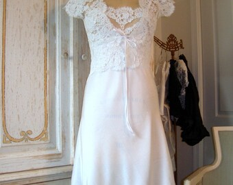 SAMPLE SALE Silk and Alencon Lace Bridal Nightgown and Jacket  -  Size 8-10