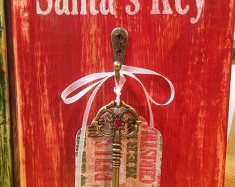 Santa's Key Standing Block