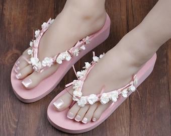 Handcraft sequin flowers beach Flip Flops / Bridal Color Flip flops / Bridal Sandals / Beach Flip Flops / Bridesmaids Shoes