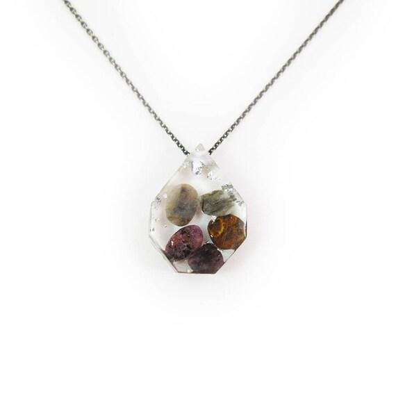 Medium Tumbled Stones and Silver Leaf Eco-Resin Gemstone Necklace