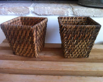 Set of two baskets