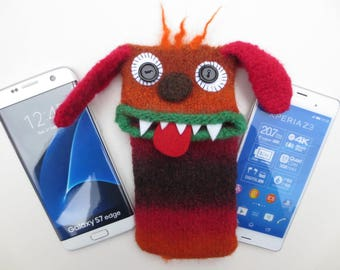 "Smartphone dog, Retriever ""Romeo"", felted, cellphone bag, sleeve, Samsung Galaxy S 7 Edge, Galaxy S8, XperiaXZ, mobile phone monster, felt, wool,"