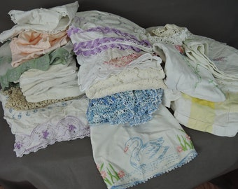 29 Piece Vintage Cutter Linens Lot, Tablecloths, Doilies, Pillowcases, Crochet, Lace, Embroidery