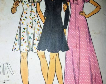 Vintage Butterick sewing pattern - ladies semi fitted dress with puff sleeves size 10