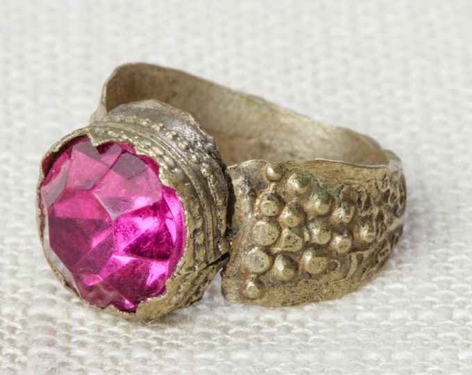 Hot Pink & Silver Vintage Afghan Ring Handmade in Afghanistan Fuchsia US Size 6 Rustic Old Glass Grapes Tribal Ethnic Statement Ring 7RI