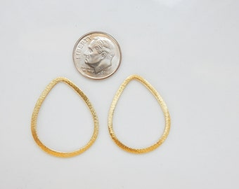 Gold vermeil, brushed teardrop spacer, link(29x23mm), gold plated sterling silver teardrop findings, teardrop connector