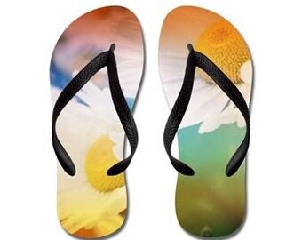 Flip Flops - marguerites colorées, photographie de la nature de RDelean, fleurs sauvages de l'été