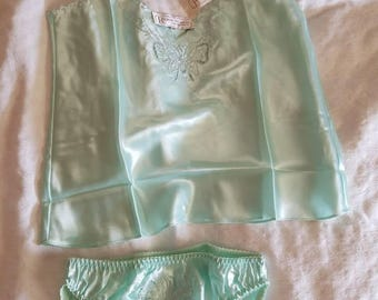 Vintage Dead Stock Hand Embroidered Camisole and Pamty Set Size Medium Butterfly Mint Green Original Tags Never Worn 1980s