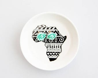 African Tales Handmade Illustrated Ceramic Bowl
