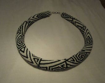Bead Crochet Necklace - Black-and-white - Ornaments.