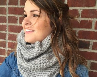 Crochet cowl scarf/ gray crochet cowl/neck-warmer/gift/woman's gray knit scarf