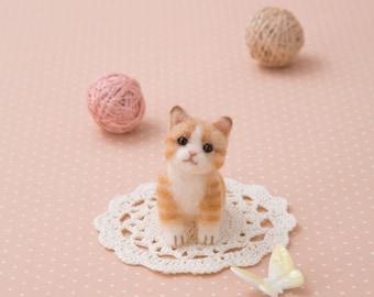 BRAND NEW! Japanese Hamanaka Aclaine Acrylic Fibre Needle Felting Kit - Ginger Cat.
