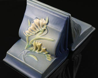Roseville, Freesia, Blue Bookend Set, No. 15