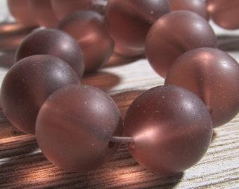 Mer verre perles 12mm lisse Semi givré translucide raisin violet tours - 10 pièces