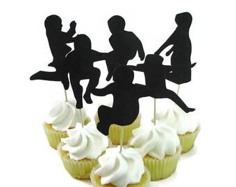 Sauter parti Cupcake Toppers, Set de 12, les enfants sautant Cake Toppers, Bounce House Party, Trampoline parti, Silhouette de jeune fille sautant, sautant de Guy