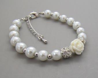 Children's pearl and flower bracelet •Flower Girl Gift •Flower Girl Jewelry • For Kids •Children's Pearl Bracelet• Asking Flower Girl